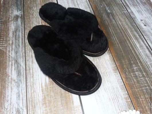 Обувь ручной работы. Ярмарка Мастеров - ручная работа. Купить Мужские шлепанцы из мутона. Handmade. Черный, мутн