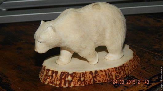Статуэтки ручной работы. Ярмарка Мастеров - ручная работа. Купить белый медведь. Handmade. Белый, резьба по кости, сувениры и подарки