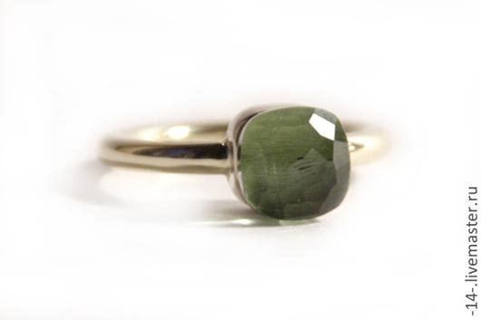 Кольца ручной работы. Ярмарка Мастеров - ручная работа. Купить Кольцо с Хризолитом. Handmade. Салатовый, кольцо с камнем, золотое кольцо
