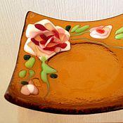 """Посуда ручной работы. Ярмарка Мастеров - ручная работа Чайная тарелочка """"Розы"""" фьюзинг.. Handmade."""