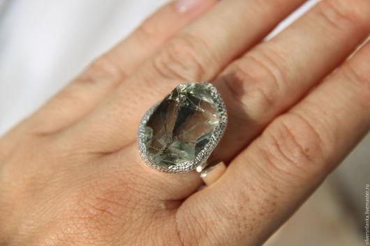 Кольца ручной работы. Ярмарка Мастеров - ручная работа. Купить Кольцо с необработанным празиолитом. Handmade. Кольцо, зеленый, камни натуральные