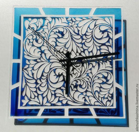 """Часы для дома ручной работы. Ярмарка Мастеров - ручная работа. Купить Часы настенные """"Гжель"""". Handmade. Голубой, Роспись по стеклу"""