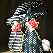 """Подарки к праздникам ручной работы. Ярмарка Мастеров - ручная работа Зайки пасхальные """"Синие в горох и полоску"""". Handmade."""