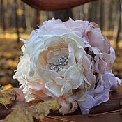 Свадебный салон ручной работы. Ярмарка Мастеров - ручная работа Кремовый свадебный брошь-букет. Handmade.
