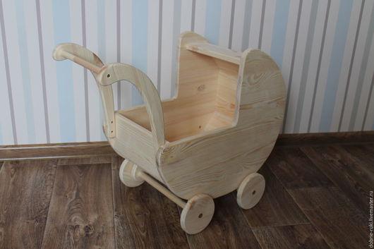 Вальдорфская игрушка ручной работы. Ярмарка Мастеров - ручная работа. Купить Деревянная коляска с закрытым верхом. Handmade. Бежевый