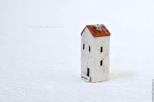 Миниатюрные модели ручной работы. Ярмарка Мастеров - ручная работа. Купить Домик белый декоративный интерьерный в подарок для души. Handmade.