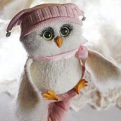 Куклы и игрушки ручной работы. Ярмарка Мастеров - ручная работа Сова в шапке Соня игрушка из шерсти. Handmade.