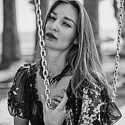 Украшения ручной работы. Ярмарка Мастеров - ручная работа колье из шелка со множеством серебряных крестиков. Handmade.