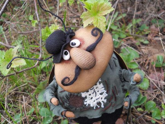Куклы и игрушки ручной работы. Ярмарка Мастеров - ручная работа. Купить На прогулке(Жук). Handmade. Коричневый, заплатки, разнообразные ткани