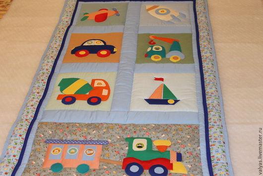 """Детская ручной работы. Ярмарка Мастеров - ручная работа. Купить Одеяло для мальчика """"Машинки"""". Handmade. Голубой, одеяло с аппликацией"""