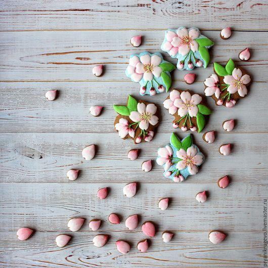Кулинарные сувениры ручной работы. Ярмарка Мастеров - ручная работа. Купить Яблоневый цвет. Цветы яблони. Пряник. Handmade. Подарок