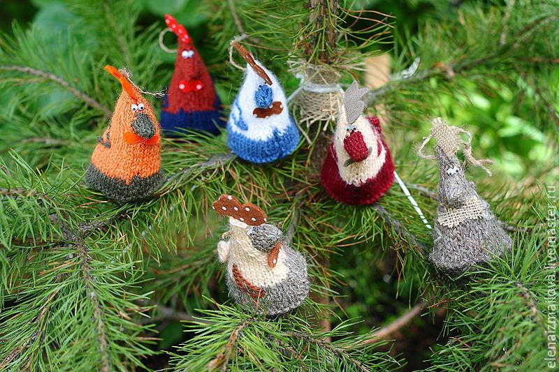 Петухи на елку