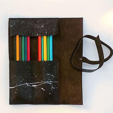 Канцелярские товары ручной работы. Ярмарка Мастеров - ручная работа Пенал из кожи с ручным окрашиванием для карандашей и ручек. Handmade.