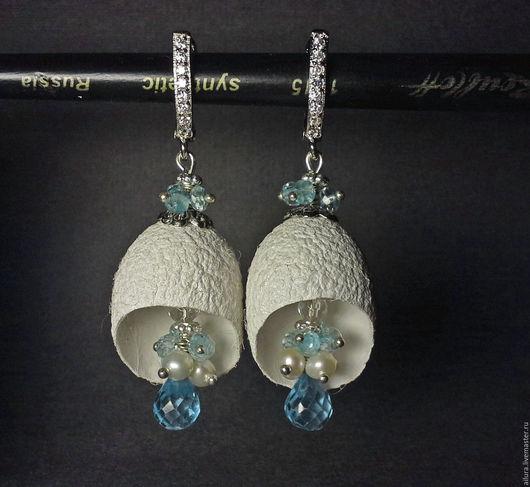 Серьги ручной работы. Ярмарка Мастеров - ручная работа. Купить Серьги с голубым топазом, натуральным жемчугом и коконом шелкопряда. Handmade.