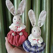 Куклы и игрушки ручной работы. Ярмарка Мастеров - ручная работа Ёлочные  игрушки (зайцы). Handmade.