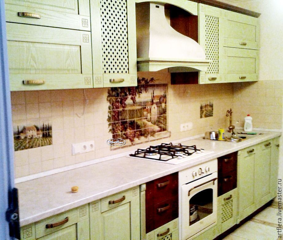 Дизайн кухня в виноград