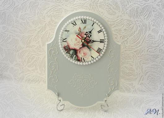 Часы ручной работы `Грезы`.