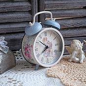 """Для дома и интерьера ручной работы. Ярмарка Мастеров - ручная работа Часы будильник """"Винтажное утро"""" декупаж. Handmade."""