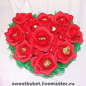 """Подарки к праздникам ручной работы. Ярмарка Мастеров - ручная работа Букет из конфет """"Любящее сердце"""". Handmade."""