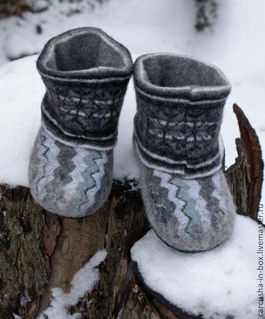 Обувь ручной работы. Ярмарка Мастеров - ручная работа. Купить детские чуни для Дома. Handmade. Неокрашенная шерсть, войлочные тапочки