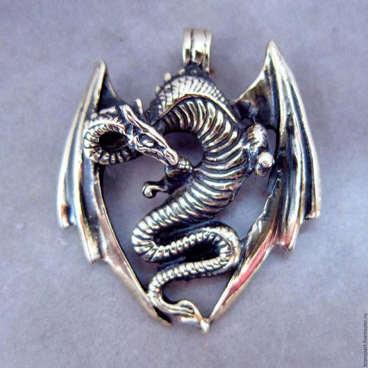 Кулоны, подвески ручной работы. Ярмарка Мастеров - ручная работа. Купить Дракон подвеска брелок висюлька миниатюра фигурка бронзовая змей. Handmade.
