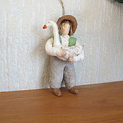 Подарки к праздникам ручной работы. Ярмарка Мастеров - ручная работа Мальчик с гусем.Ватные елочные игрушки. Handmade.