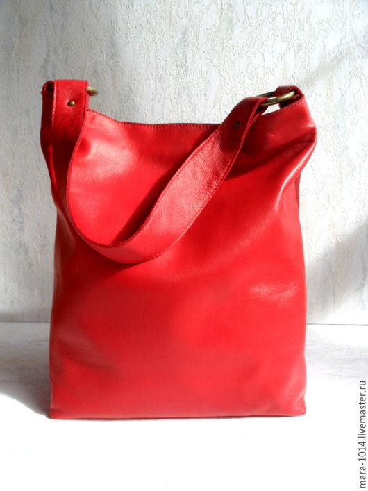 Женские сумки ручной работы. Ярмарка Мастеров - ручная работа. Купить КОРАЛЛОВЫЙ РИФ, красная кожаная сумка-мешок на плечо. Handmade.