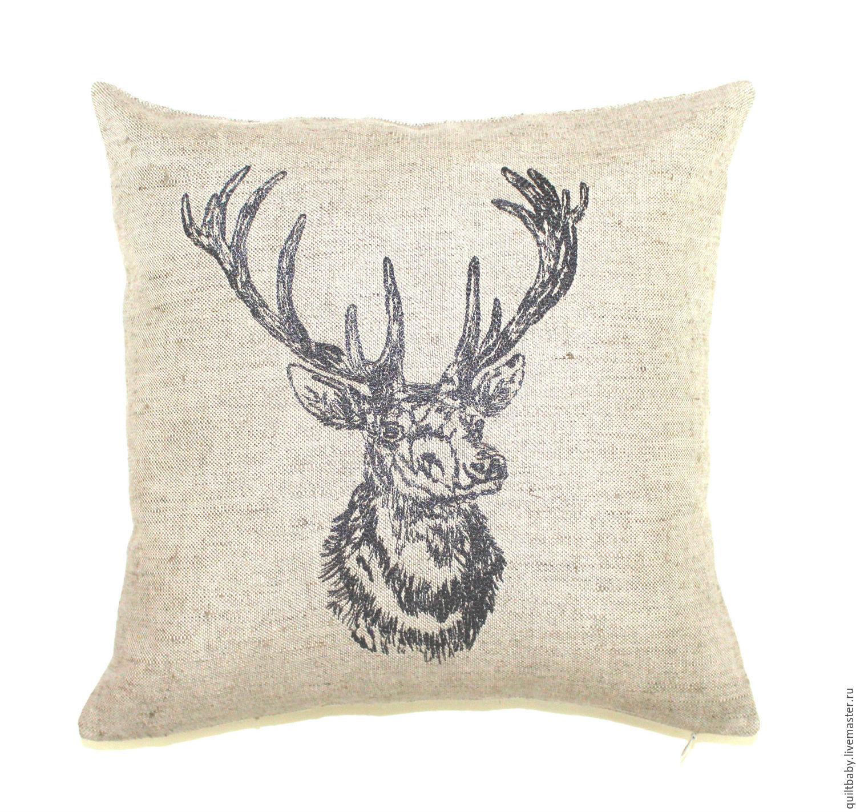 Подушка вышивка олени