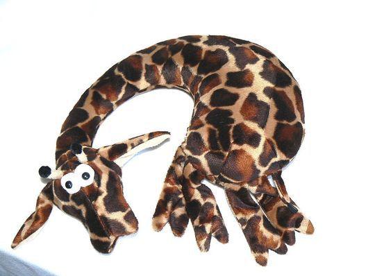 Приляг, отдохни:)) Жираф.Африка.