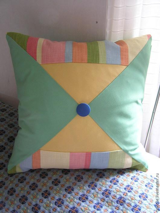 Детская ручной работы. Ярмарка Мастеров - ручная работа. Купить Декоративная подушка в детскую. Handmade. Разноцветный, синий, детская комната