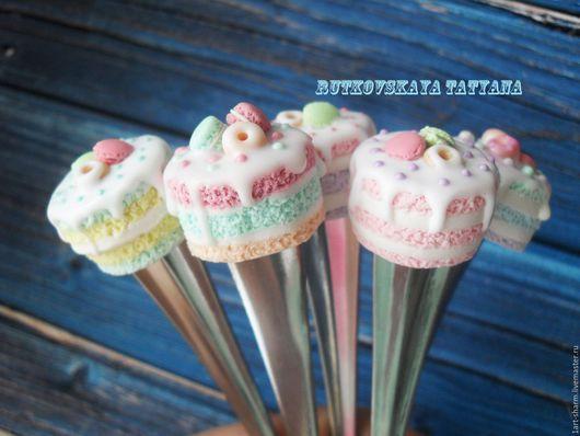 """Ложки ручной работы. Ярмарка Мастеров - ручная работа. Купить Вкусные ложечки """"тортики со сладостями"""". Handmade. Комбинированный, сувенир"""