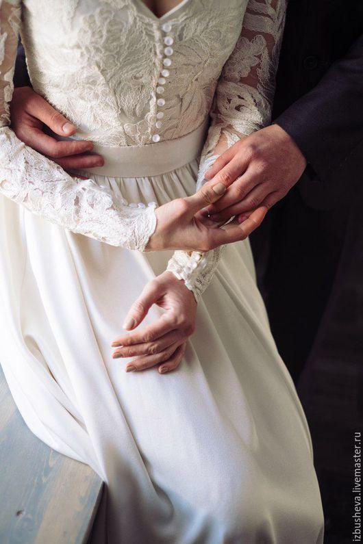 Одежда и аксессуары ручной работы. Ярмарка Мастеров - ручная работа. Купить Свадебное платье для Алины. Handmade. Белый, нежное платье