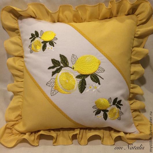 """Текстиль, ковры ручной работы. Ярмарка Мастеров - ручная работа. Купить Вышитая наволочка из  льна """"Лимоны"""". Handmade. Наволочка на подушку"""