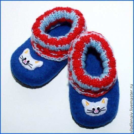 """Обувь ручной работы. Ярмарка Мастеров - ручная работа. Купить Тапочки детские из шерсти """"Котики"""". Handmade. Тёмно-синий"""