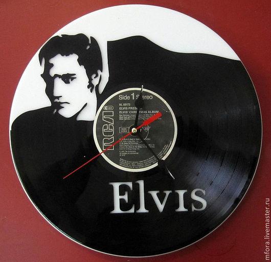 """Часы для дома ручной работы. Ярмарка Мастеров - ручная работа. Купить Часы из виниловой пластинки """"Элвис"""". Handmade. Черный"""