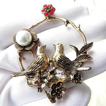 Vintage. Livemaster - original item Pendant on a chain garden of Eden, pendant, birds, flowers. Handmade.