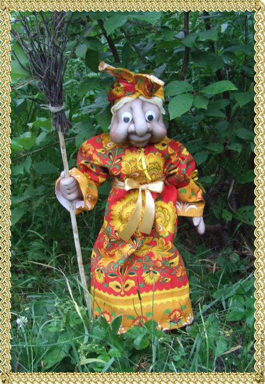 Народные куклы ручной работы. Ярмарка Мастеров - ручная работа. Купить Бабка Ежка - домовушка. Handmade. Ярко-красный