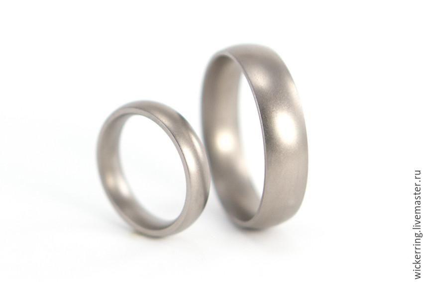 Обручальные кольца из титана от WickerRing