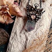 Украшения handmade. Livemaster - original item Delicate fluorite pendant with rose quartz and mother of pearl (p-112). Handmade.