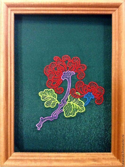"""Аппликации, вставки, отделка ручной работы. Ярмарка Мастеров - ручная работа. Купить Вышивка на одежде, аппликация, картинка, картина """"Аленький цветочек"""". Handmade."""