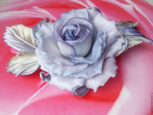 """Броши ручной работы. Ярмарка Мастеров - ручная работа. Купить Брошь """"Очарование"""" из шелка. Handmade. Голубой, брошь в форме цветка"""