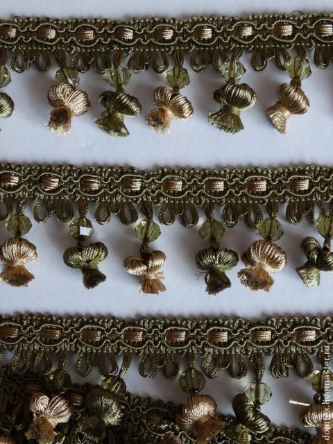 Шитье ручной работы. Ярмарка Мастеров - ручная работа. Купить Бахрома с кисточками и бусинами (хаки/золото). Handmade. Хаки, бахрома, помпоны