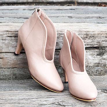Обувь ручной работы. Ярмарка Мастеров - ручная работа Ботильоны: Ботильоны на каблуке из натуральной кожи Lia  / Туфли. Handmade.