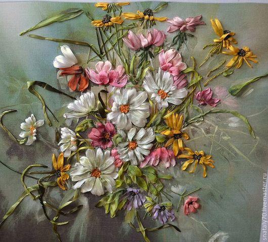 """Картины цветов ручной работы. Ярмарка Мастеров - ручная работа. Купить Картина вышитая лентами """"БУКЕТ УХОДЯЩЕГО ЛЕТА"""". Handmade."""