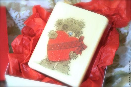 Подарки для влюбленных ручной работы. Ярмарка Мастеров - ручная работа. Купить Мыло Мишка тедди с сердцем с бантом (в коробочке ручной работы). Handmade.