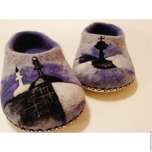 Обувь ручной работы.Домашние тапочки валяные. Купить тапочки валяные домашние. Валяные домашние тапочки . Тапочки валяные Шахматы серые купить.  Handmade. Cordero.