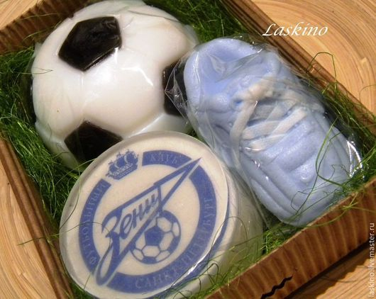 Подарочные наборы косметики ручной работы. Ярмарка Мастеров - ручная работа. Купить ФУТБОЛ 3 (футбольный мяч, кроссовки, ЗЕНИТ), подарочный набор мыла. Handmade.