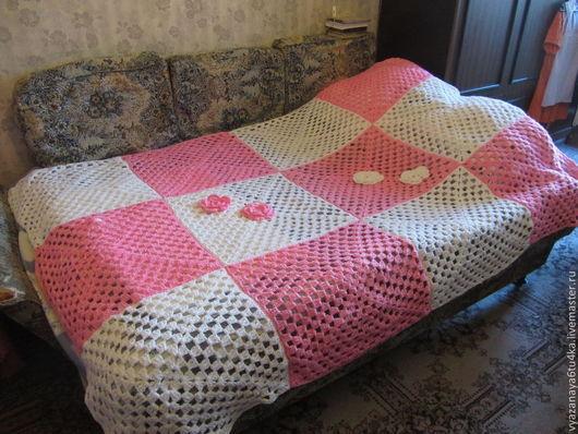 """Текстиль, ковры ручной работы. Ярмарка Мастеров - ручная работа. Купить Вязанное покрывало """" Мороженка   с  розочкой"""". Handmade."""