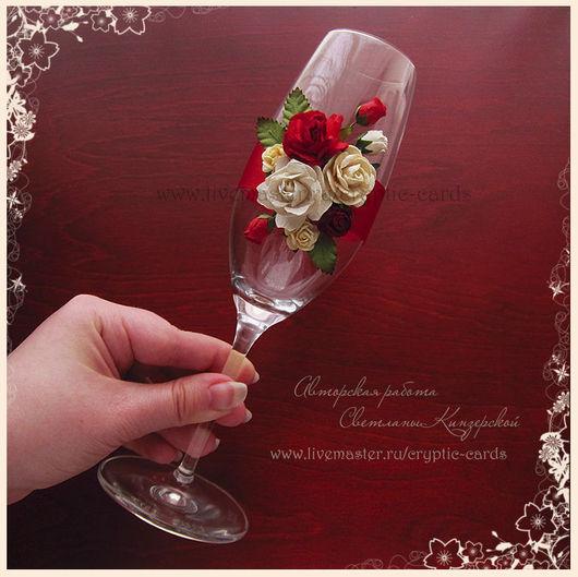 """Свадебные аксессуары ручной работы. Ярмарка Мастеров - ручная работа. Купить Свадебные бокалы """"Красные розы и кружево"""" разные цвета. Handmade."""