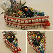 Цветы и флористика ручной работы. Ярмарка Мастеров - ручная работа Пирожное из конфет. Handmade.